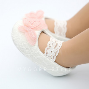 Pantofiori pentru fetite - Fluturasul roz