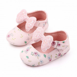 Pantofiori roz cu floricele si fundita