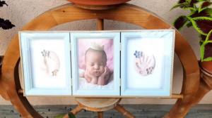 Rama foto bleu cu amprenta pentru manuta si piciorus