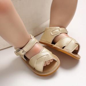Sandale aurii cu barete inchise la spate