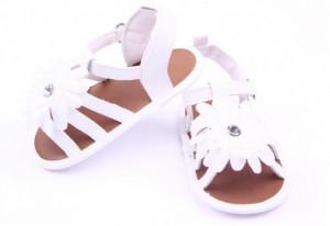 Sandalute fetite albe cu barete - Margareta