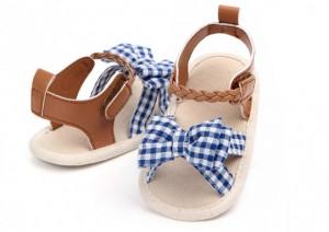 Sandalute fetite - Fundita cu carouri