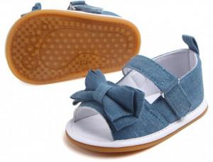 Sandalute pentru fetite din blugi