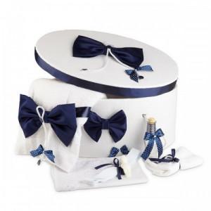 Trusou botez complet si cutie decorata cu funde bleumarine NKTR006
