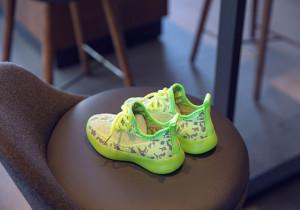 Adidasi verde neon pentru copii