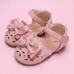 Pantofi roz pudra cu fundita si danteluta