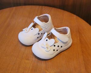 Pantofiori albi - Urechi de iepuras