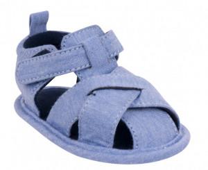 Sandalute impletite pentru bebelusi