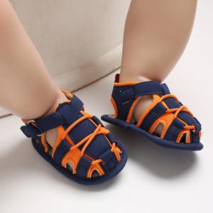 Sandalute pentru baietei