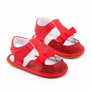Sandalute rosii pentru fetite