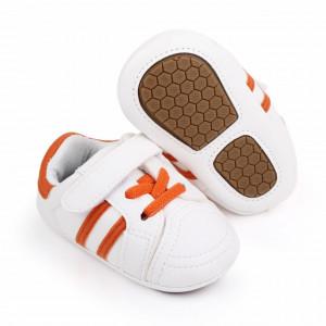 Adidasi albi cu dungi portocalii pentru bebelusi