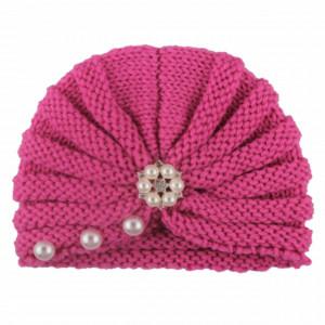 Caciulita crosetata tip turban cu perlute si strasuri