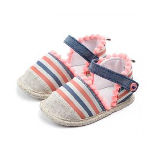 Pantofiori fetite cu ciucurei