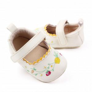 Pantofiori ivoire cu floricele brodate