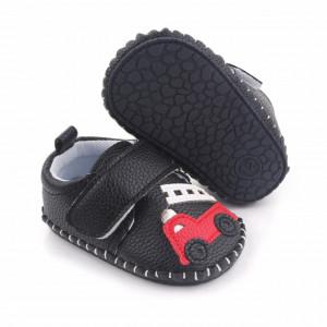 Pantofiori negri pentru baietei - Masinuta