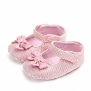 Pantofiori roz pentru fetite