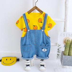 Salopeta din blugi cu tricou galben