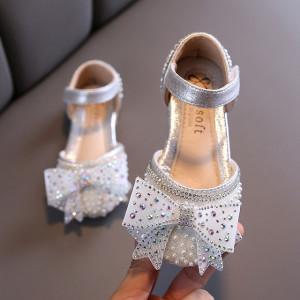 Pantofi cu perlute si fundita cu strasuri