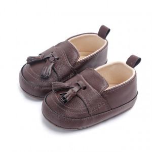 Pantofi eleganti baietei maro cu ciucuri
