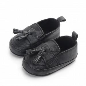 Pantofi eleganti negri cu ciucuri