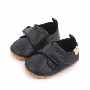 Pantofiori negri cu bareta cu arici