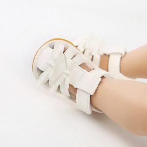Sandalute alb sidefat pentru fetite