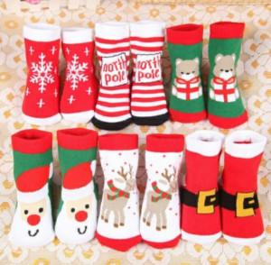Sosetele flausate pentru bebelusi - Merry Christmas