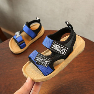 Sandale pentru baietei cu barete albastre