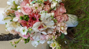 Lumanare pentru botez cu flori naturale