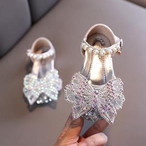 Pantofi argintii cu strasuri - Fluturas