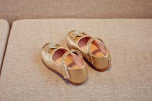 Pantofiori aurii pentru fetite - Coronita