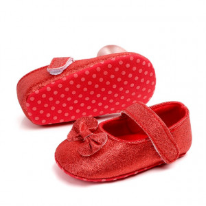 Pantofiori cu fundita rosie