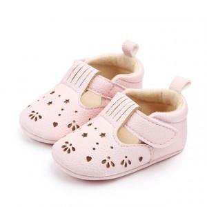 Pantofiori cu stelute decupate
