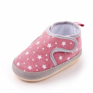 Pantofiori roz cu stelute albe