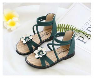 Sandale verzi cu barete si floare aplicata