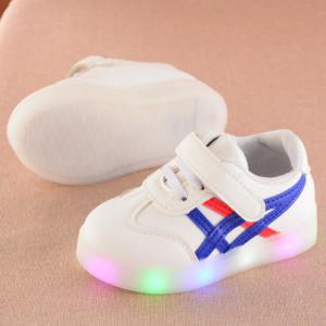 Adidasi cu luminite si dungi albastre