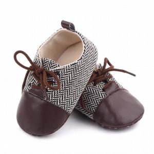 Pantofiori eleganti maro cu alb in zig zag