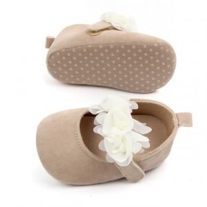 Pantofiori fetite crem cu trandafiri