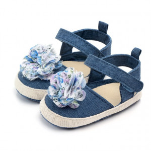 Pantofiori fetite din blugi cu floare