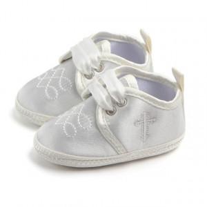 Pantofiori ivoire botez pentru baietei