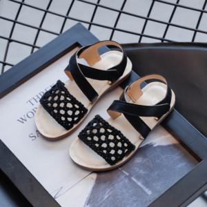 Sandale negre cu plasa crosetata