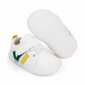 Adidasi albi cu dungi galbene si verzi