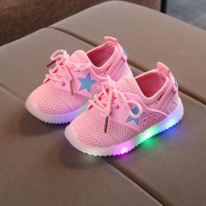 Adidasi roz cu steluta bleu si luminite