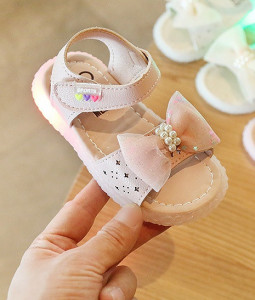 Sandale roz cu fundita cu paiete