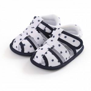 Sandalute albe cu stelute negre