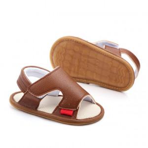 Sandalute maro pentru baietei