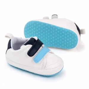Adidasi albi cu barete bleu si negre
