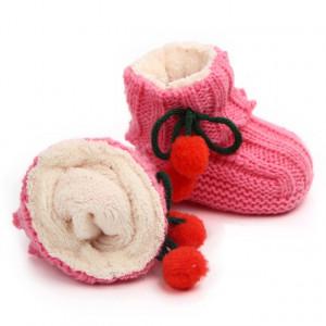 Botosei crosetati roz inchis - Doi ciucurasi