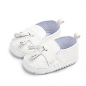 Pantofi eleganti baietei cu ciucuri