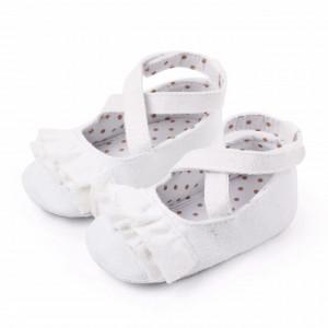 Pantofiori albi cu volanas
